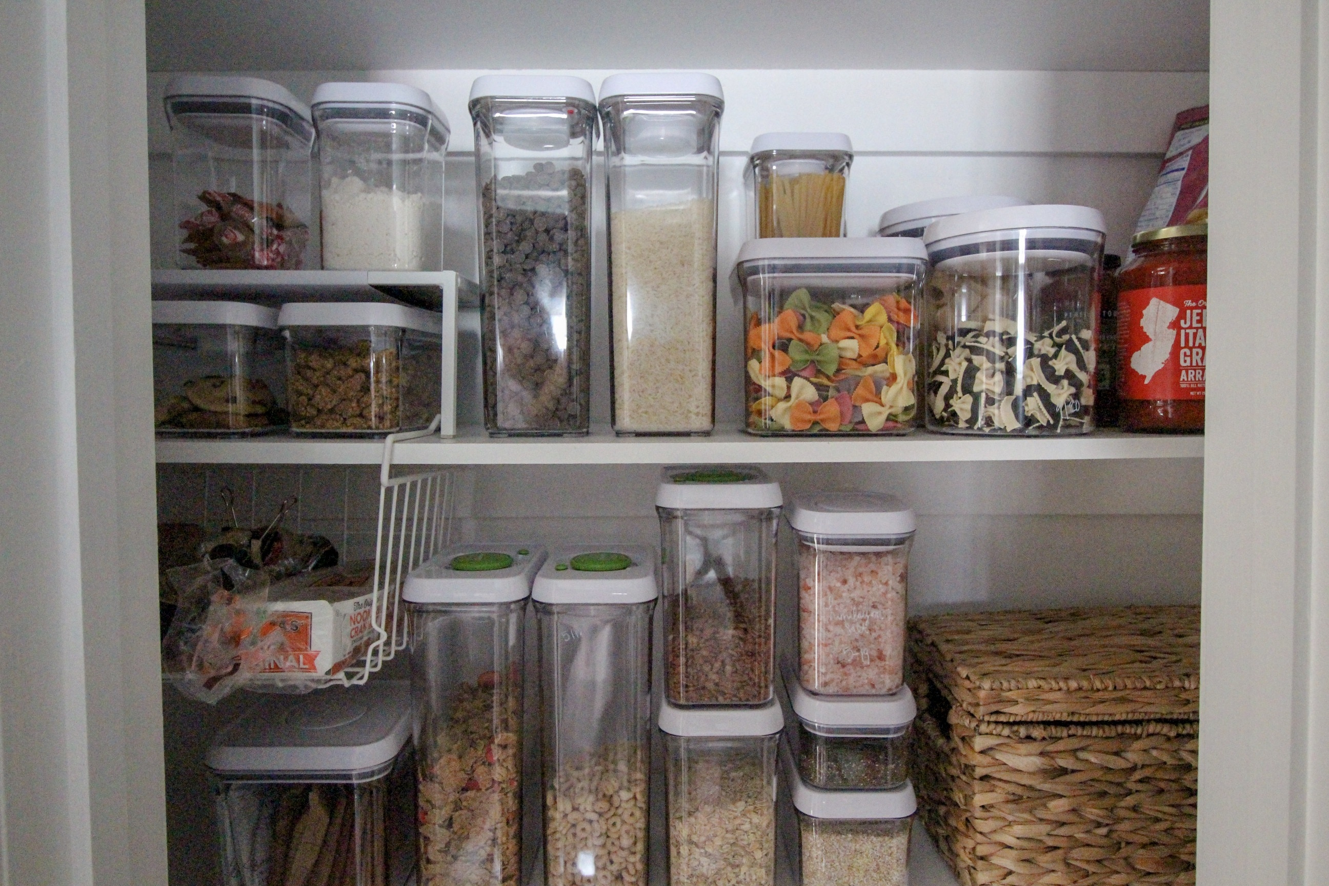 How to Create a Functional AND Pretty Kitchen Pantry with ...